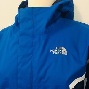 North Face Jackets & Coats - Authentic North Face Coat + Fleece Jacket Lining